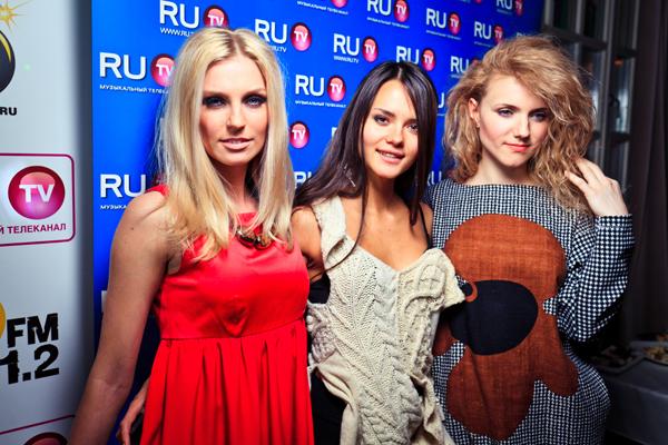 rossiya-golie-zvezdi-video