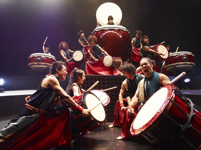 Японское шоу с вибраторами 6 фотография